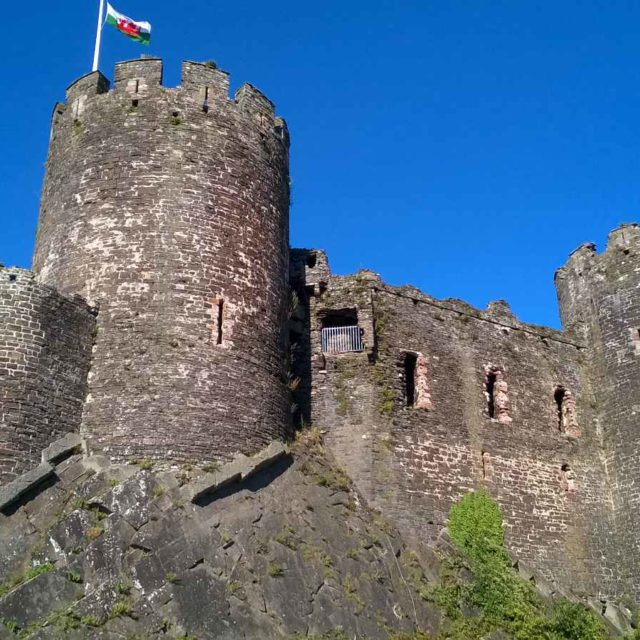Holiday Cottages To Rent In The Historic Conwy Town Walls